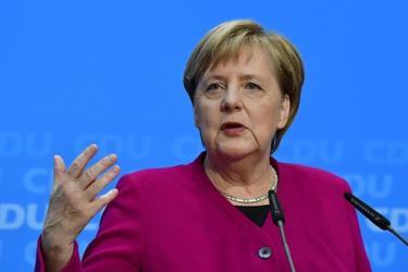 Thủ tướng Đức Merkel tuyên bố EU không thể ngăn cản Dòng chảy phương Bắc 2.
