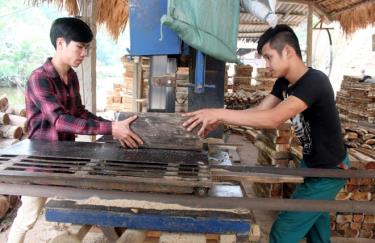 Lực lượng lao động tự do được đưa vào nhóm đối tượng tiềm năng để Bảo hiểm xã hội huyện Yên Bình vận động tham gia bảo hiểm xã hội tự nguyện.