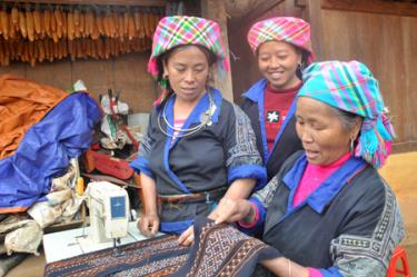 Những nét văn hóa đặc sắc của dân tộc Mông sẽ được giới thiệu đến người dân Thủ đô. (Ảnh: Báo Yên Bái)