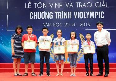Hơn 1.000 thí sinh phía Bắc nhận giải thưởng trong cuộc thi Violympic 2019.