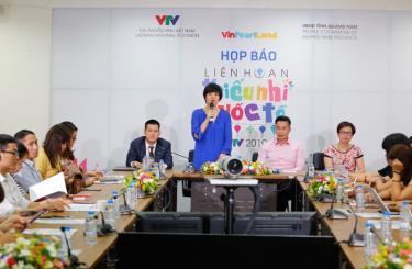 Nhà báo Đặng Diễm Quỳnh, đại diện Ban tổ chức, thông tin về Liên hoan thiếu nhi quốc tế 2019