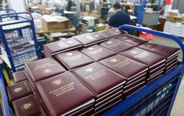 Nga xem xét cách thức bỏ phiếu về sửa đổi Hiến pháp.