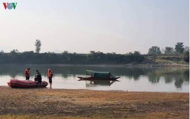 Bộ GD-ĐT yêu cầu các trường nhắc nhở học sinh không chơi gần ao hồ, sông suối... (Ảnh minh họa)