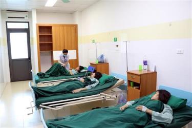 Các bệnh nhân đang điều trị tại Bệnh viện Đa khoa Cuộc sống.