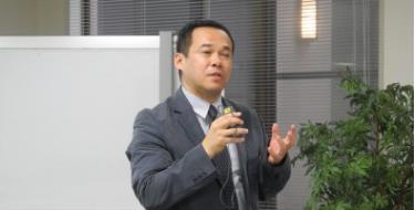 Giáo sư Go Ito của Đại học Meiji (Nhật Bản) chuyên nghiên cứu về quan hệ chính trị quốc tế, an ninh quốc tế.