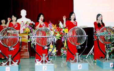 Công ty TNHH Nhà nước Một thành viên Xổ số kiến thiết Yên Bái tổ chức quay số hàng ngày.