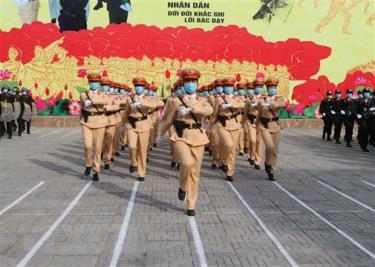 Lực lượng Công an tỉnh Đồng Nai tham gia Lễ ra quân bảo đảm an ninh trật tự ngày bầu cử đại biểu Quốc hội khóa XV và đại biểu Hội đồng Nhân dân các cấp.