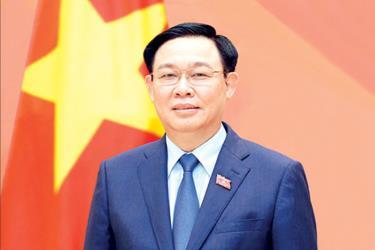 Chủ tịch Quốc hội, Chủ tịch Hội đồng Bầu cử quốc gia Vương Đình Huệ.