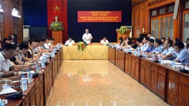 Đồng chí Dương Văn Tiến - Phó Chủ tịch UBND tỉnh phát biểu tại Hội nghị.