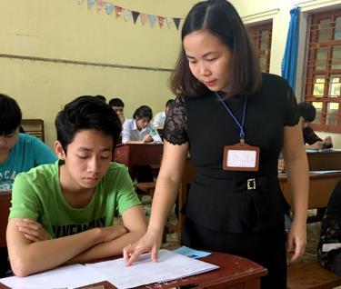 Việc ôn luyện cho học sinh được triển khai tích cực ở Trường PTDTNT THPT Miền Tây.
