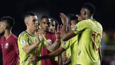 Colombia giành vé vào tứ kết trước 1 lượt đấu