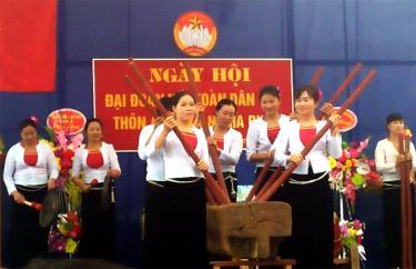 Lễ hội Đâm đuống của người Mường, xã Nghĩa Phúc.