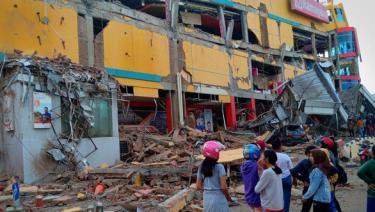 Động đất thường xuyên gây thiệt hại vật chất và nhân mạng ở Indonesia.
