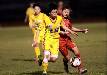 Trận đấu tại giải bóng đá nữ Vô địch U.19 Quốc gia 2019.