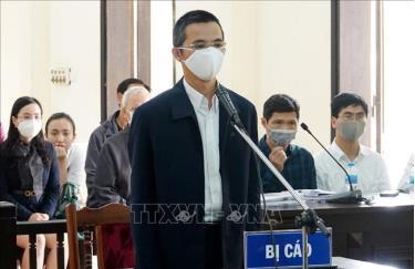 Bị cáo Đặng Anh Tuấn nghe Hội đồng xét xử tuyên án ngày 13/3/2020.