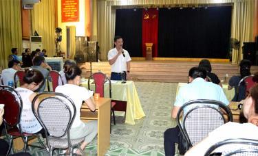 Đồng chí Dương Văn Tiến – Phó Chủ tịch UBND tỉnh phát biểu tại buổi sơ duyệt.