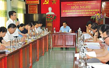 Đảng bộ Khối Cơ quan và Doanh nghiệp tỉnh tổ chức lấy ý kiến của các doanh nghiệp, doanh nhân vào Dự thảo Báo cáo chính trị trình Đại hội Đảng bộ tỉnh lần thứ XIX.