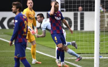 Barca phải chia điểm trước Celta Vigo.
