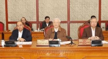 A meeting of the Politburo on COVID-19 prevention in March.