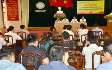 Ngân hàng Nhà nước Chi nhánh tỉnh Yên Bái, Ngân hàng Nhà nước Việt Nam phối hợp với UBND tỉnh tổ chức Hội nghị kết nối ngân hàng - doanh nghiệp nhằm hỗ trợ khách hàng gặp khó khăn do dịch Covid-19.