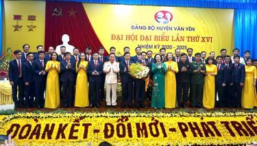 Dưới sự lãnh đạo, chỉ đạo sát sao của Thường trực, Ban Thường vụ Tỉnh ủy, đại hội điểm đảng bộ cấp trên cơ sở nhiệm kỳ 2020 - 2025 của tỉnh tại Đảng bộ huyện Văn Yên đã thành công tốt đẹp.
