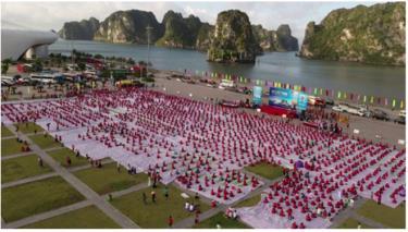 Sự kiện Ngày Quốc tế Yoga lần thứ 6 năm 2020 tại Vịnh Hạ Long