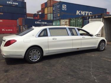 Maybach, dòng xe siêu sang của Mercedes nhập về cảng Việt Nam