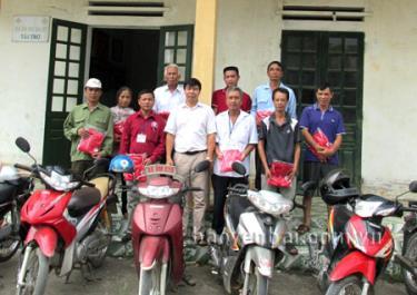 Buổi gặp mặt các tình nguyện viên xe ôm chữ thập đỏ.