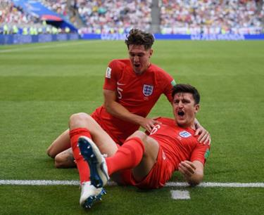 Niềm vui của cầu thủ đội tuyển Anh trong trận gặp Thụy Điển.
