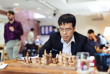 Quang Liêm vô địch ba giải cờ tiêu chuẩn liên tiếp mà anh tham dự.