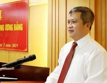Ông Trần Tiến Hưng được bầu giữ chức Chủ tịch UBND tỉnh Hà Tĩnh.