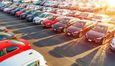 Ôtô nhập khẩu tăng đột biến.