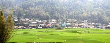 Bản du lịch cộng đồng của người Thái, thị trấn Mù Cang Chải, huyện Mù Cang Chải.