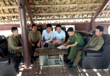 Công an xã Tân Hợp, huyện Văn Yên luôn bám sát cơ sở, nắm địa bàn tốt. (Ảnh: Quyết Thắng)