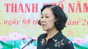 Ủy viên Bộ Chính trị, Bí thư T.Ư Đảng, Trưởng ban Dân vận T.Ư Trương Thị Mai phát biểu tại Hội nghị