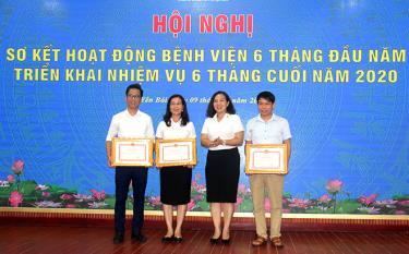 Các tập thể có thành tích xuất sắc trong phong trào thi đua yêu nước năm 2019 nhận bằng khen của UBND tỉnh
