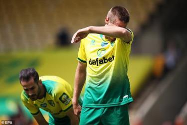 Norwich City xuống hạng ở Premier League.
