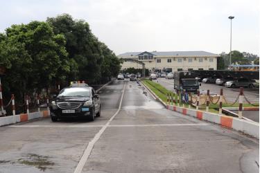Học viên dự sát hạch lái xe trong hình tại Trung tâm Đào tạo và sát hạch lái xe Đức Thịnh (huyện Đông Anh).