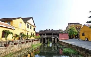 Hoi An city in the central province of Quang Nam was chosen to be in the race for Asia's Leading Cultural City Destination.