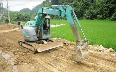 Xã Kiên Thành nâng cấp tuyến đường nội thôn tại thôn Đồng Ruộng.