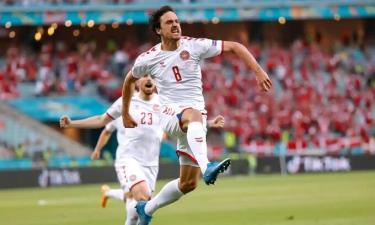 Bàn thắng sớm của Delaney tạo điều kiện để Đan Mạch làm chủ trận đấu.