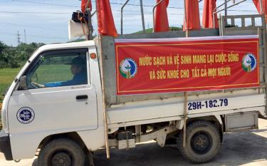 Youth union members in Yen Binh district hold mobile dissemination campaign in response to