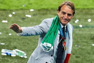 HLV Mancini dẫn dắt Italia vào năm 2018 và đã làm thay đổi hoàn toàn bộ mặt của đội bóng này