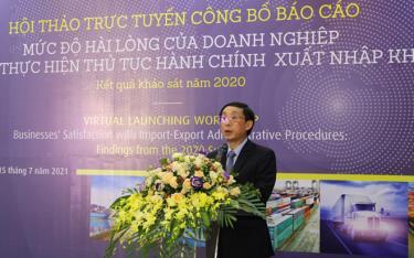 Phó Tổng Cục trưởng Tổng cục Hải quan Hoàng Việt Cường phát biểu tại hội thảo.