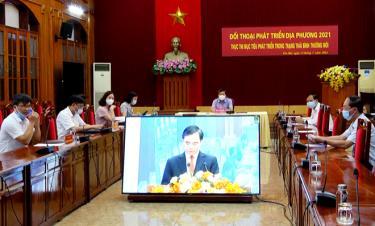 Yen Bai delegates in the teleconferenced dialogue.
