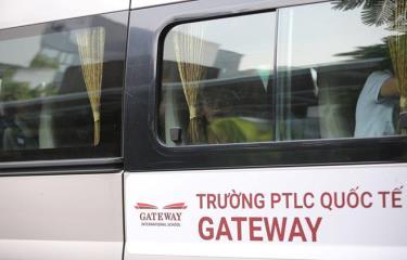 Xe đưa đón học sinh của Trường Phổ thông liên cấp Gateway.