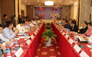Hội nghị hợp tác phát triển giữa Bộ Công thương Việt Nam  và Bộ Công thương Lào, chiều 17-8.
