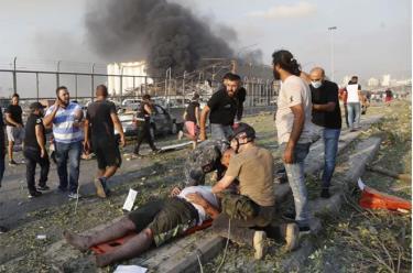 Vụ nổ làm rung chuyển thủ đô Beirut của Liban.