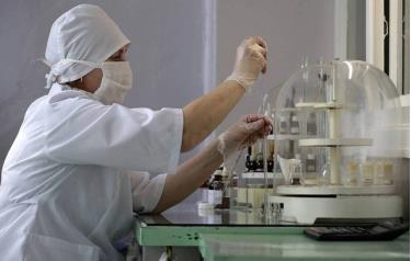 Ngoài thuốc trị Covid-19, Nga cũng đang đẩy nhanh tốc độ nghiên cứu vắc-xin chống lại đại dịch (Ảnh minh họa