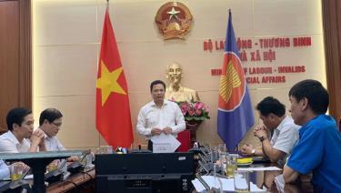 Phiên họp có 13 thành viên đại diện cho ba bên, gồm Bộ Lao động, VCCI và Tổng liên đoàn lao động.